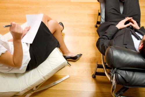 Чем отличается психиатр от психотерапевта